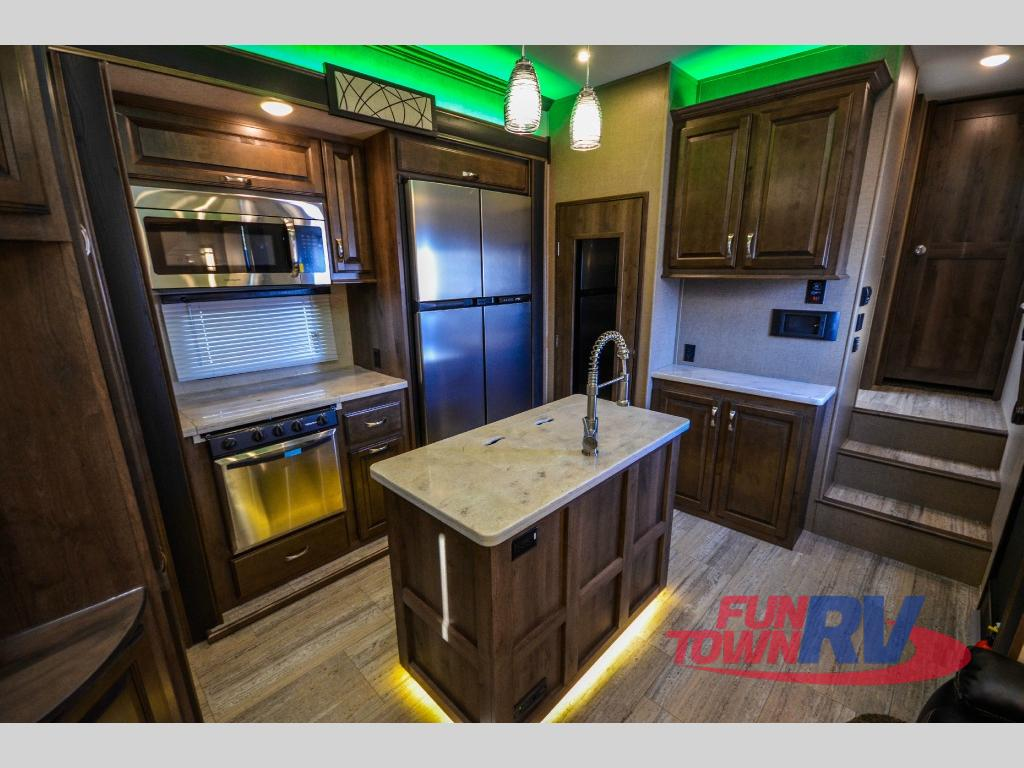 Extremely Creative Front Living Room Fifth Wheels
